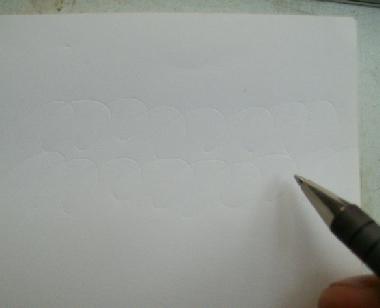 インクが出なくなって書けなくなったボールペンです